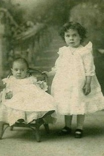 Margaret & Gladys Middleton